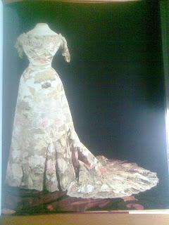 albume+arta+artă+vestimentară