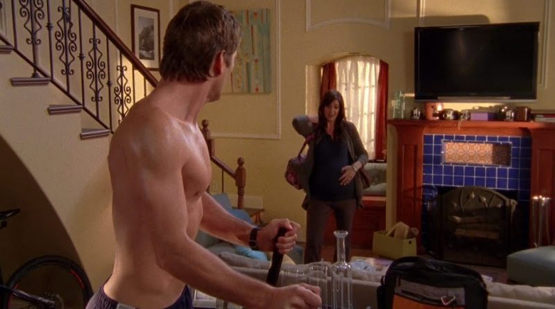 Ryan McPartlin Shirtless on Chuck s4e13