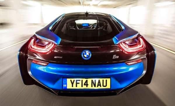 bmw i8 elektirikli arabanın türkiyedeki fiyat ve talep durumu