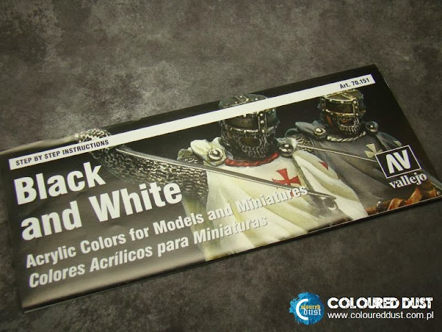 "Vallejo - ""Black & White"" Painting Set"