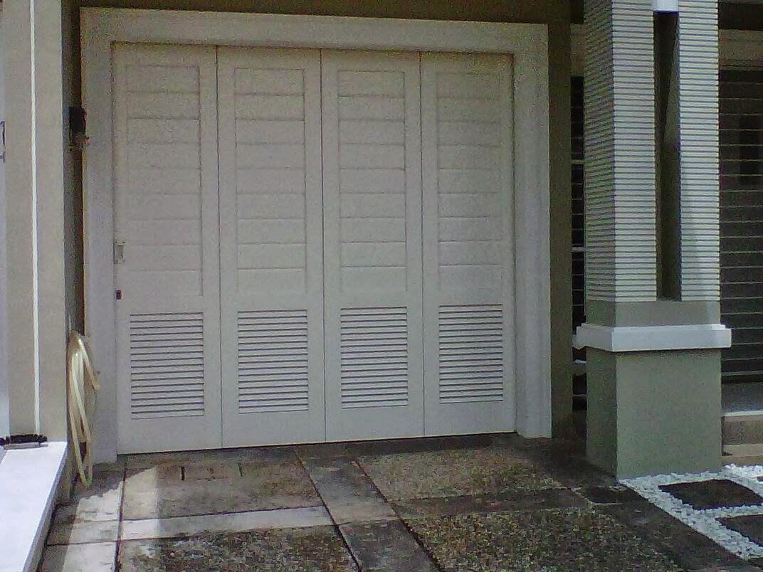 Model Pintu Garasi Besi