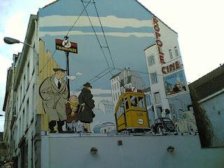 Murales en edificios pintados de comic en Bruselas
