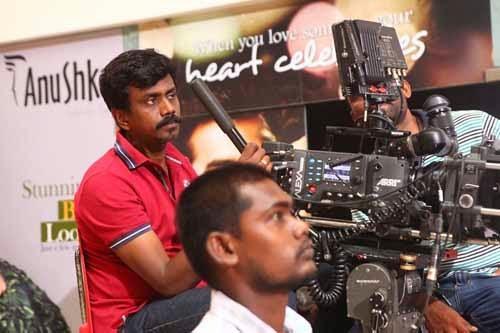 Idhu Kathirvelan Kadhal Movie Onlocation Stills Gallery