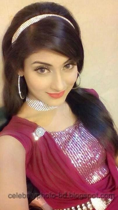 Beauty+Queen+Of+BD+Mehzabien+Chowdhury+With++Bidya+Sinha+Saha+Mim+Photos005