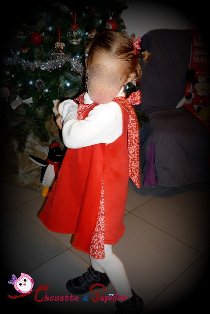 liberty mitsi valeria rouge sur robe sereine her little world