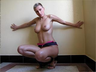 Horny and twerking - rs-12l-749824.jpg