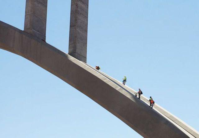 Ponte estranha