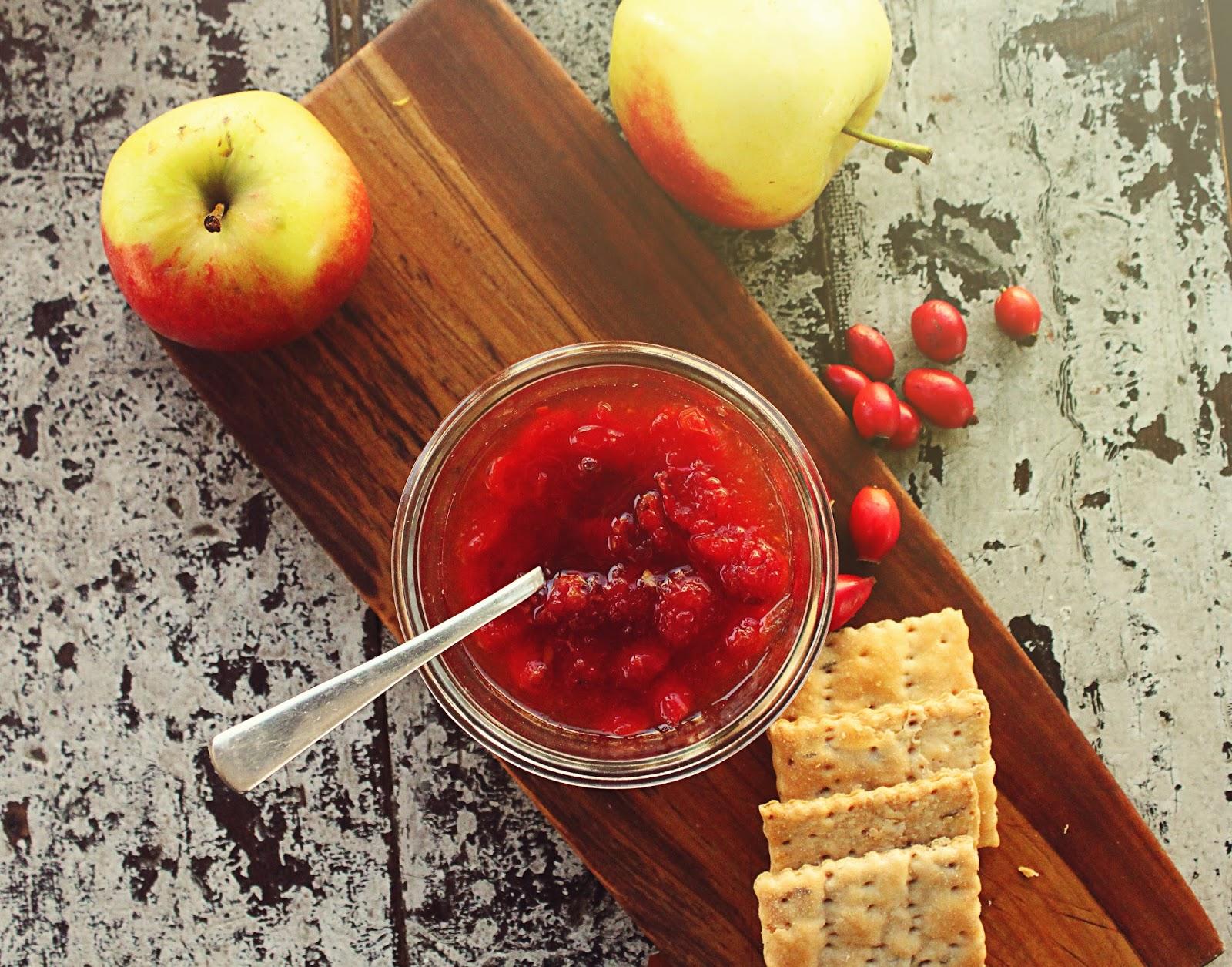 ... rosehips in torvehallerne so i decided to make some rosehip apple jam