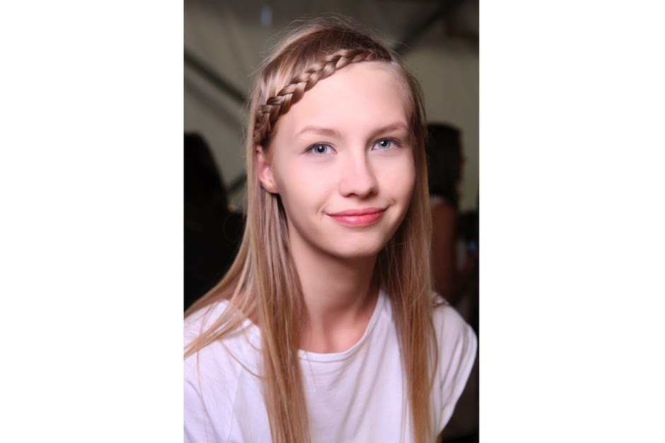 acconciatura treccia trend capelli primavera estate 2015 trecce tutorial trecce mariafelicia magno colorblock by felym mariafelicia magno fashion blogger acconciature treccia come fare le trecce how to do braids hair fashion bloggers italy italian fashion bloggers tendenze capelli acconciature donna acconciature primavera estate 2015