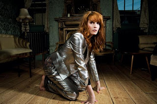 Florence And The Machine - Never Let Me Go Lyrics