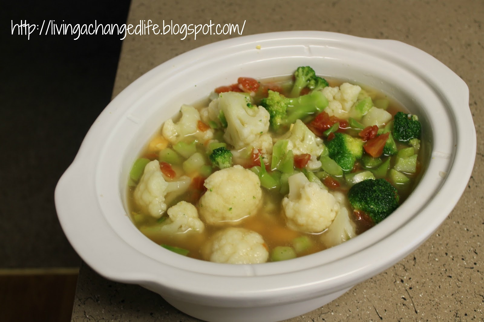 Living a Changed Life: Recipe Review: Broccoli-Cauliflower Cheese Soup