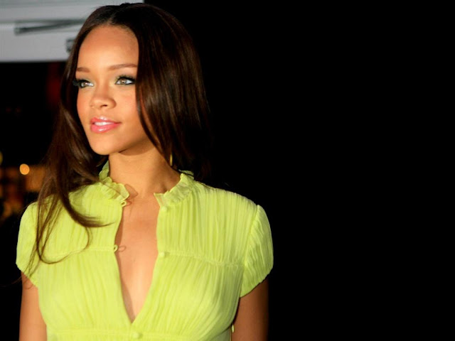 Rihanna Hot New HD Pictures