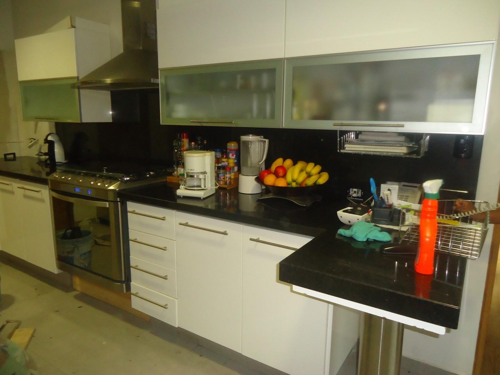Fabricaci n pisos fachadas y cocinas cocinas fabricadas for Fachadas de cocinas