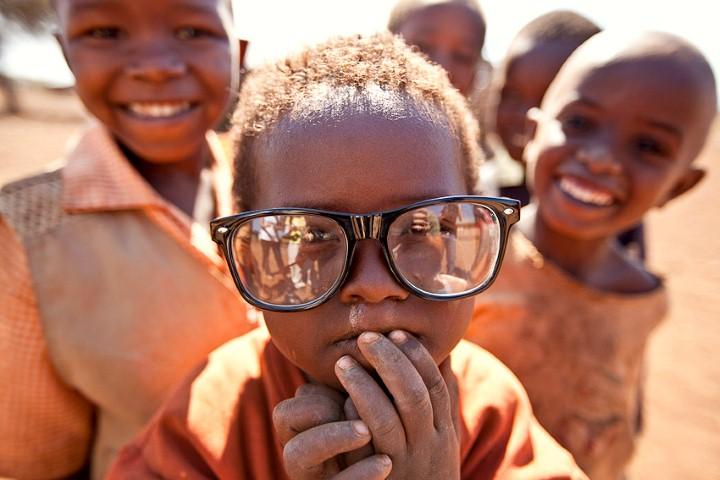 http://2.bp.blogspot.com/-0QUFNGlPkSY/UbGTnVQDEqI/AAAAAAAAAAA/Fw6PZUIjVp0/s1600/ni%25C3%25B1os%2Bafricanos.jpg