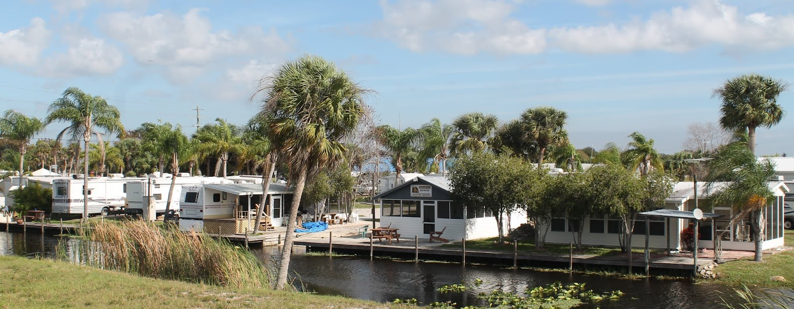 Lakeport Resort desde el Herbert Hoover Dike