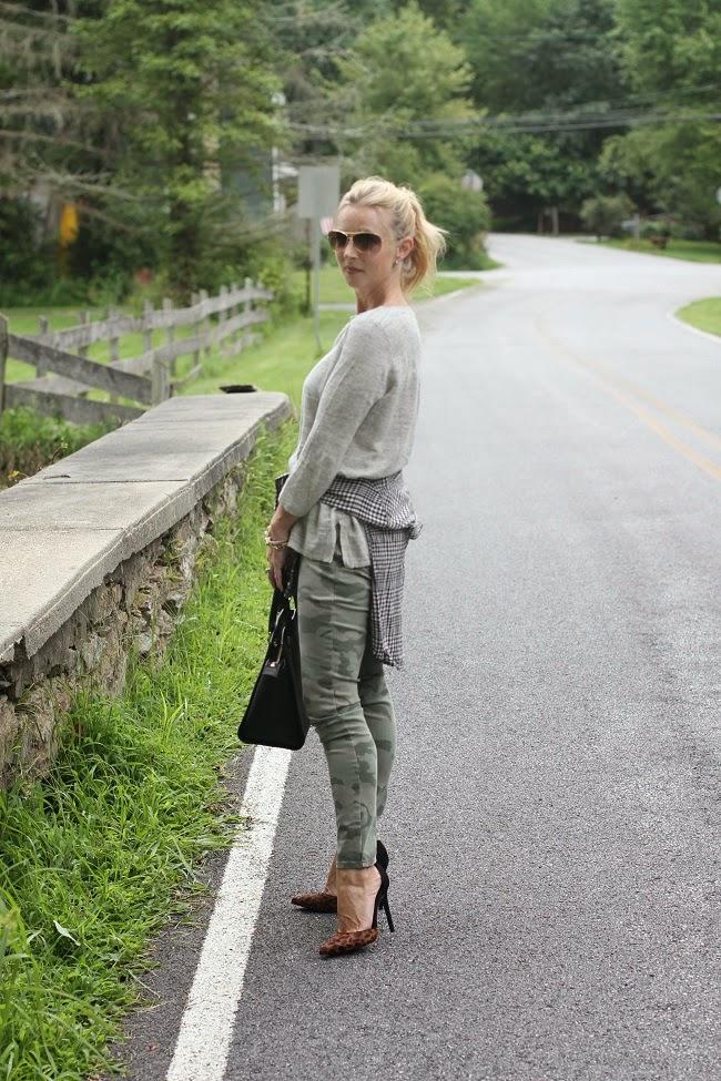 madewell linen sweater, loft camo pants, michael kors handbag, schutz leopard heels