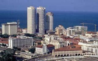 コロンボ (Colombo) はスリランカ最大の都市.