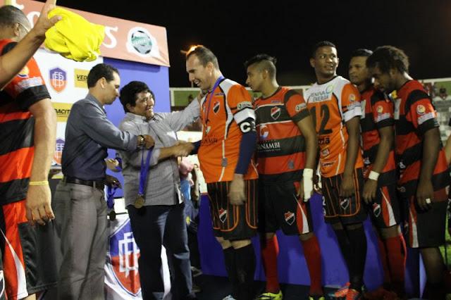 Após título, dirigentes do Flamengo visitam a FBF