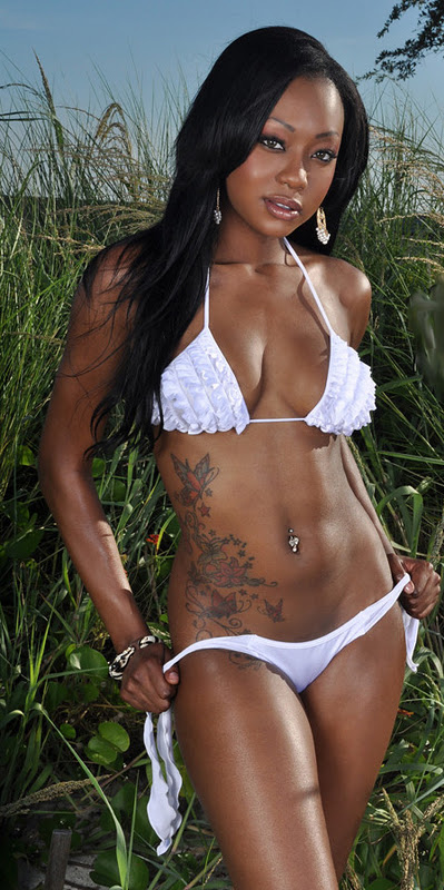 Share your Sexy ebony black women bikinis how