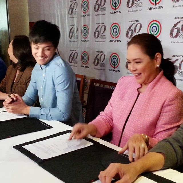 Daniel Padilla renews contract with ABS-CBN