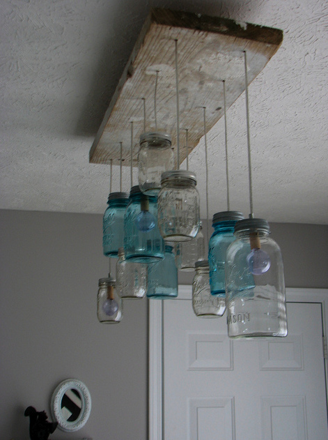vintage ball mason jars would be the perfect item to use in this crafting project as they come in many different styles and colors which make this diy diy vintage mason jar chandelier