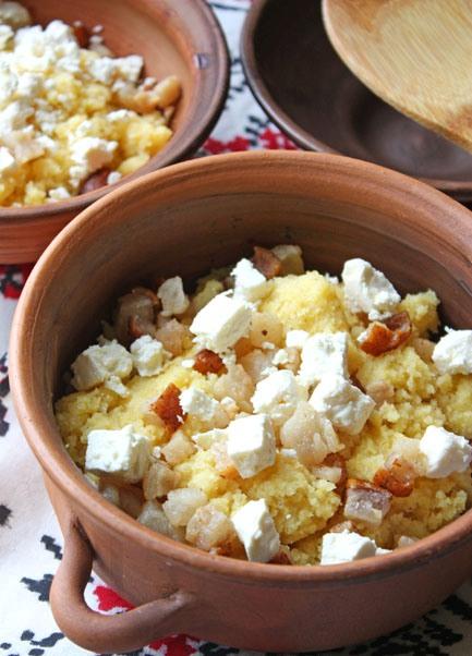 Рецепт баноша, брынза и сыр, гуцульский банош, банош на сметане.