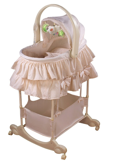 Bassinet First Years