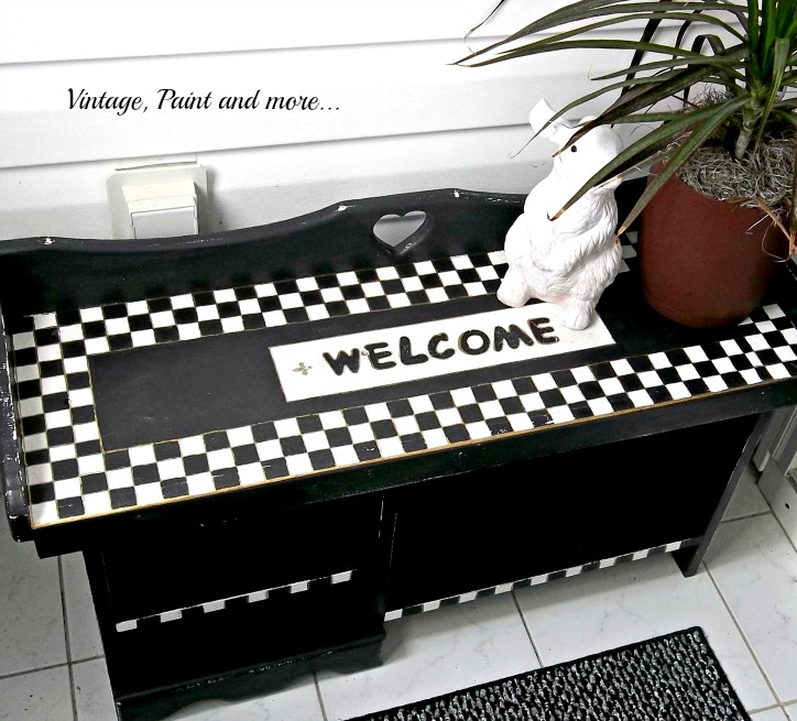 Vintage, Paint and more... Bench upcycled by whimsically painting with DIY chalkboard paint in black and white motif