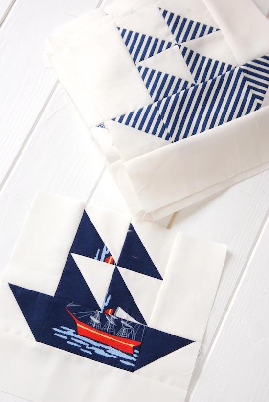 http://2.bp.blogspot.com/-0SdpBgnHhvk/U3X_64zuvoI/AAAAAAAADrQ/uGr1ptyqgHw/s1600/nautical_quilt_blue_white_boats_1.jpg