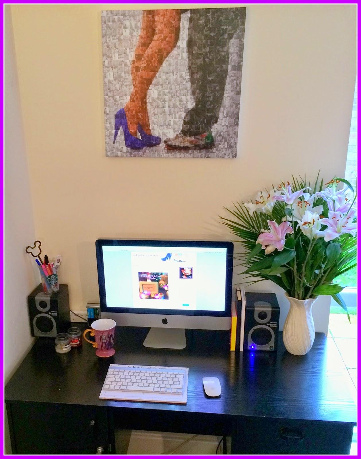 beauty-bloggers-desk