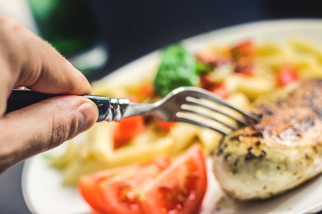 Buang Nafsu Serakah Makan