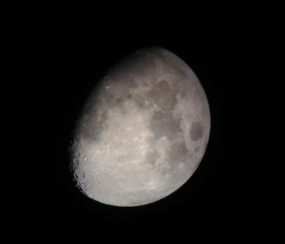 iPhone moon photo