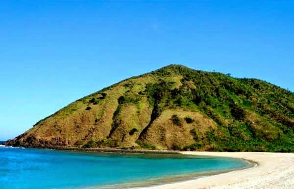 Wisata Pantai Mawun Lombok Menakjubkan