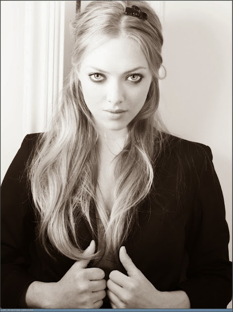 Hot Amanda Seyfried Pictures