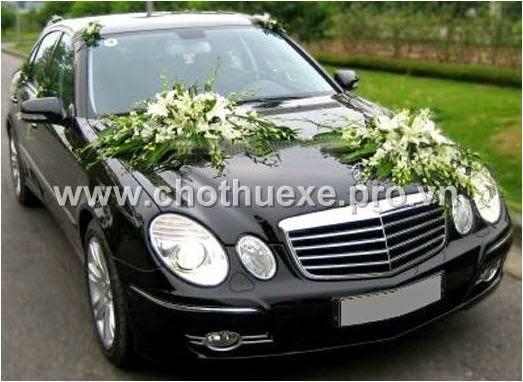 Cho thuê xe cưới Mercedes E280 giá rẻ tại DUC VINH TRANS