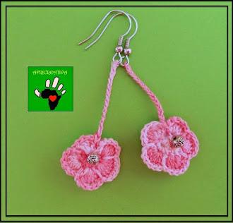 Orecchini fiore a crochet