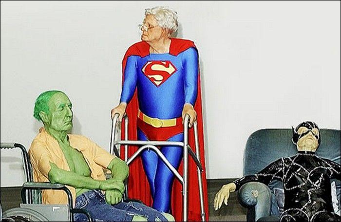 oz angeles retired and old super heroes. Black Bedroom Furniture Sets. Home Design Ideas