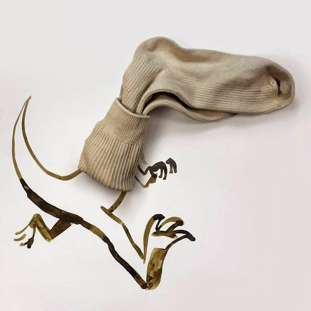 Creativity05-with-Socks-Dinosaurs