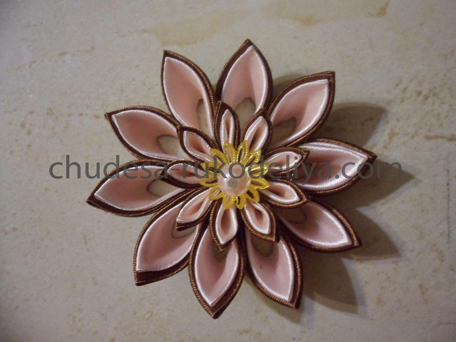 Цветок канзаши с острыми лепестками фото