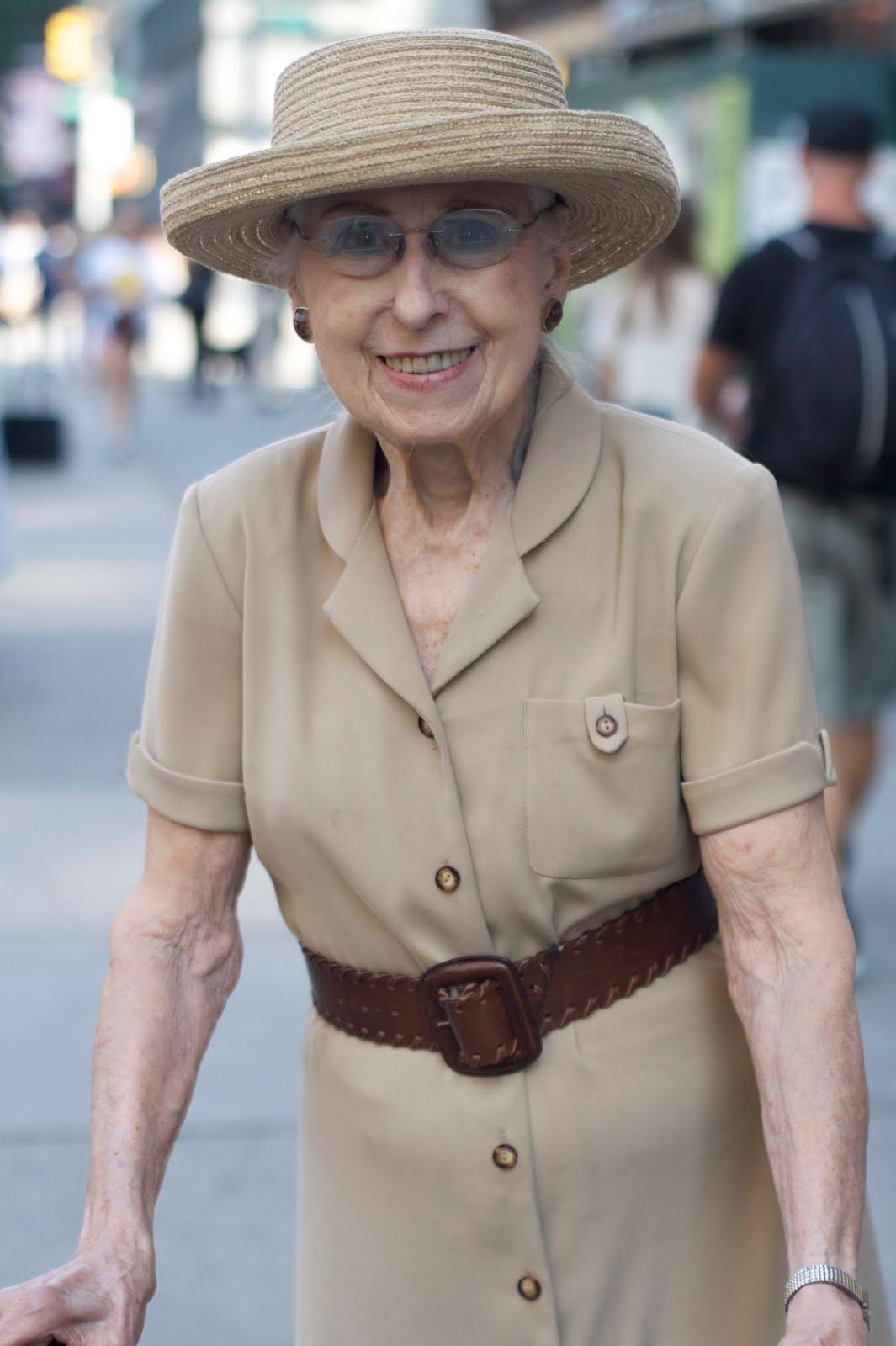 Мода для женщин элегантного возраста 10 фотография