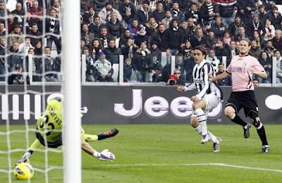 Juventus 3 - 0 Palermo (2)