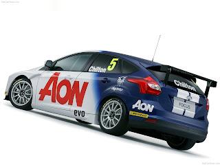 Ford-Focus_Touring_Car_2011_1280x960_wallpaper_04.jpg