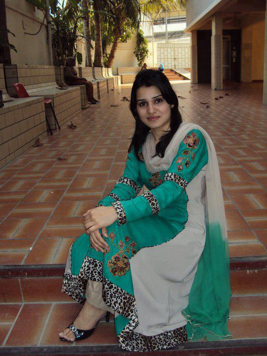 desi hot girls new 2013 images pregnant women images