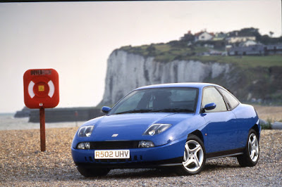 Fiat Coupe featured divisive styling