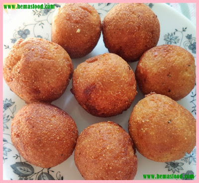 Coconut Stuffed Semolina Balls