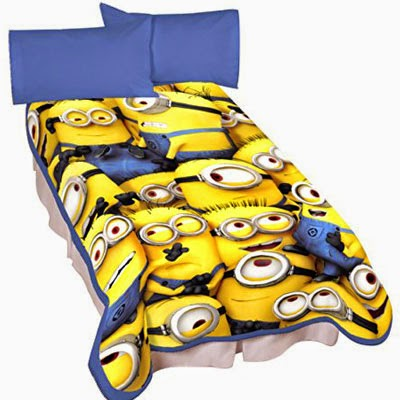 Universal A4322C Minions Little Yellow Buddies Microraschel Blanket