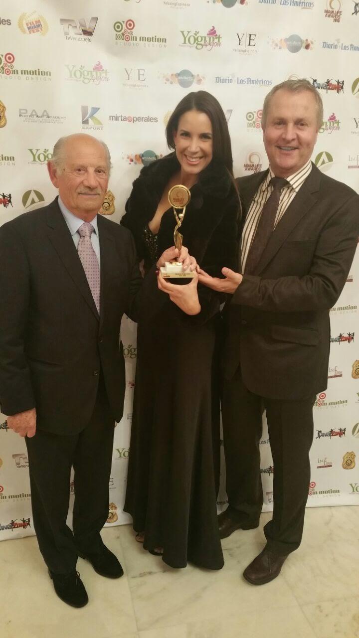 """ONY Gana el """"Miami Life Awards"""" como Productora de TV Ejecutiva del Año"""