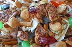 تعرف على العادات الغذائية السيئة في رمضان,الوجبات السريعة,junk food