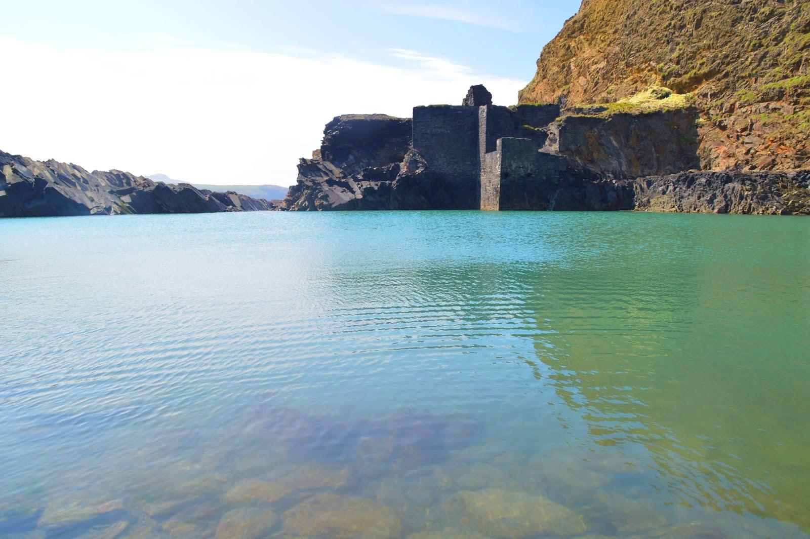 Blue Lagoon Abereiddy Pembrokeshire