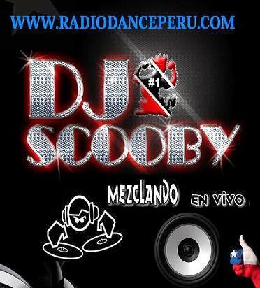 DJ SCOOBY28 MEZCLANDO EN VIVO 90 HITS